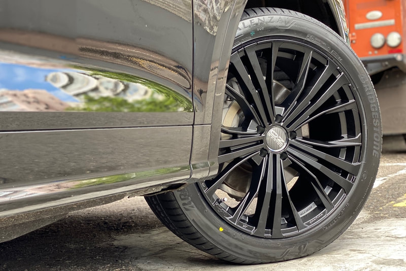Audi Q5 and OZ Racing Cortina Wheels and wheels hk and 呔鈴