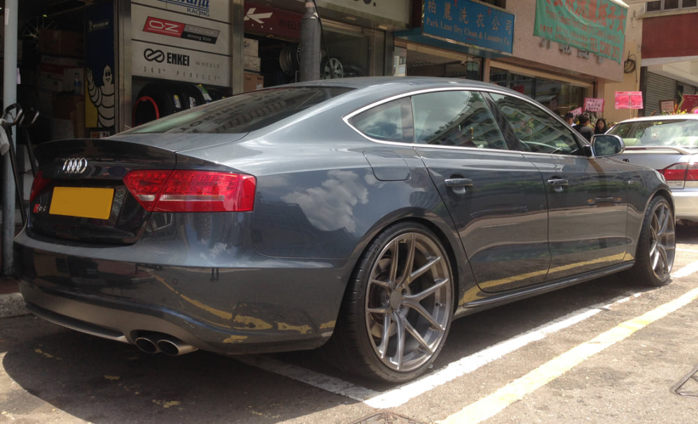 Audi S5 and Modulare Wheels B18 EVO B18evo and wheels hk and 呔鈴