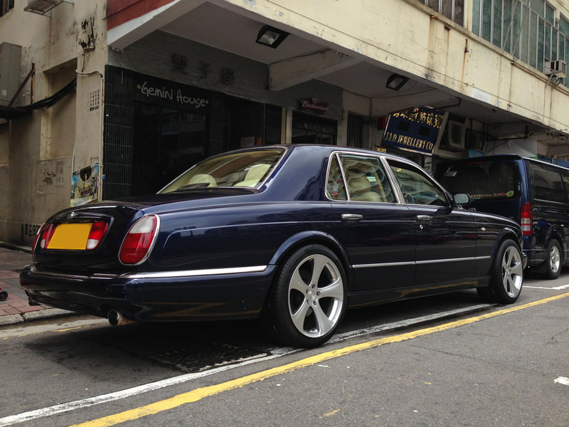 Bentley Arnage and Kahn Design Wheels and 呔鈴