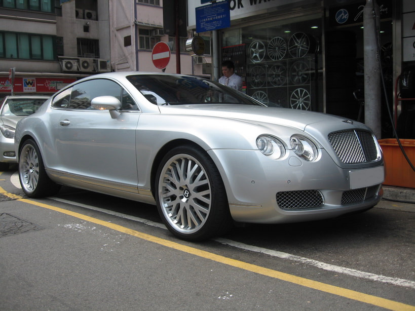 Bentley Continental GT and Kahn Design Wheels and 呔鈴