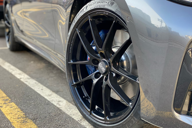 BMW G20 3 Series 320i and OZ Racing Leggera Wheels and tyre shop hk and 呔鈴