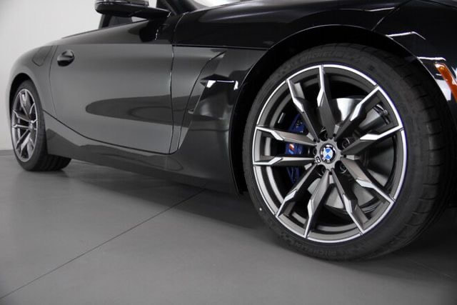 "19"" 800M Wheels and BMW G29 Z4"