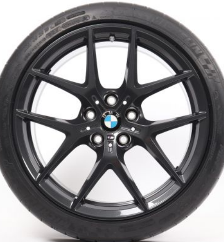 BMW F40 and 554M Wheels and 呔鈴