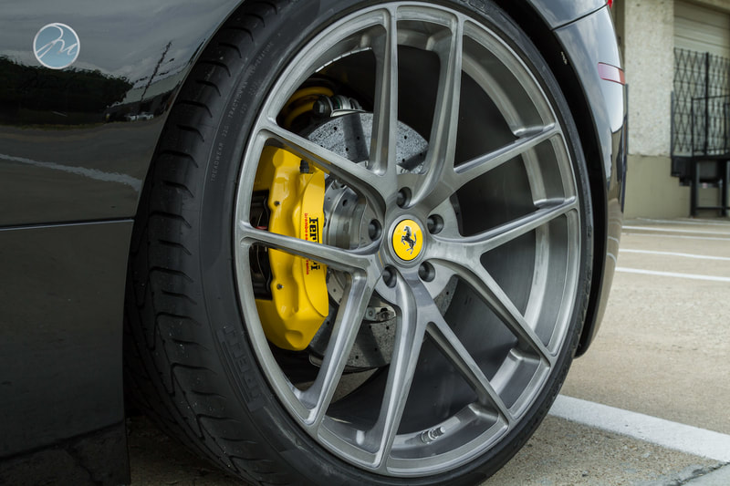 Ferrari 430 and Modulare wheels B18 EVO and 呔鈴