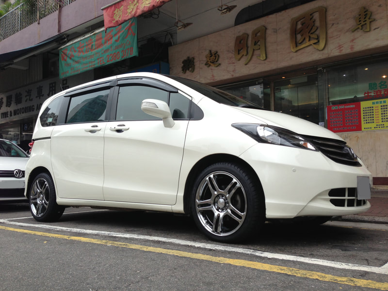 Honda Freed and Crimson Racing Sparco Wheels  and 呔鈴