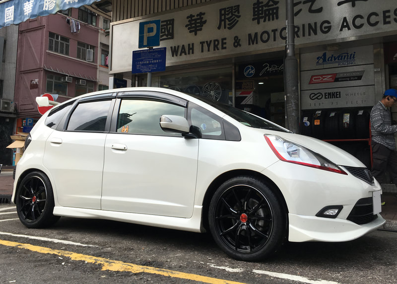 Honda Jazz and RAYS Gram Lights 57 FXX and 呔鈴