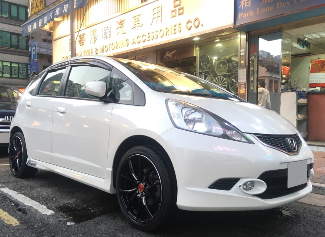 Honda Jazz and RAYS Gram Lights 57FXX Wheels and 呔鈴