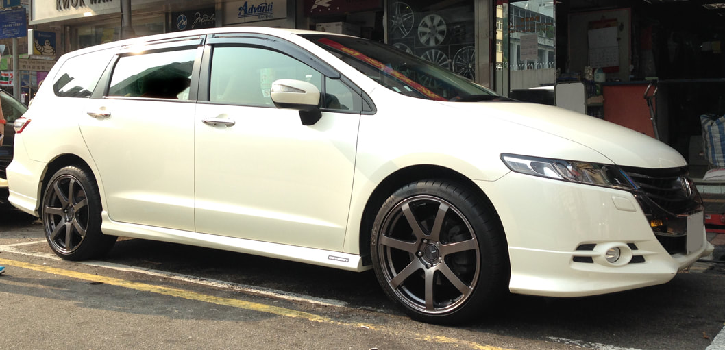 Honda Odyssey and Enkei Racing PF07 Wheels and 呔鈴 and wheels hk