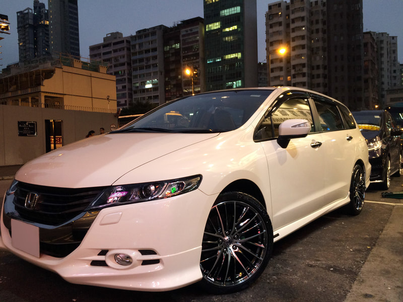 Honda Odyssey and RAYS Versus Diavola Wheels and 呔鈴