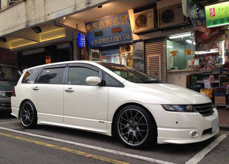 Honda Odyssey and RAYS Volk Racing G27 Wheels  and 呔鈴