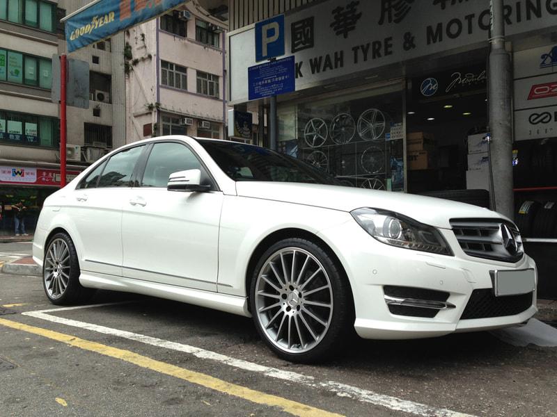 "Mercedes Benz W204 C-Class with 19"" AMG Style V"