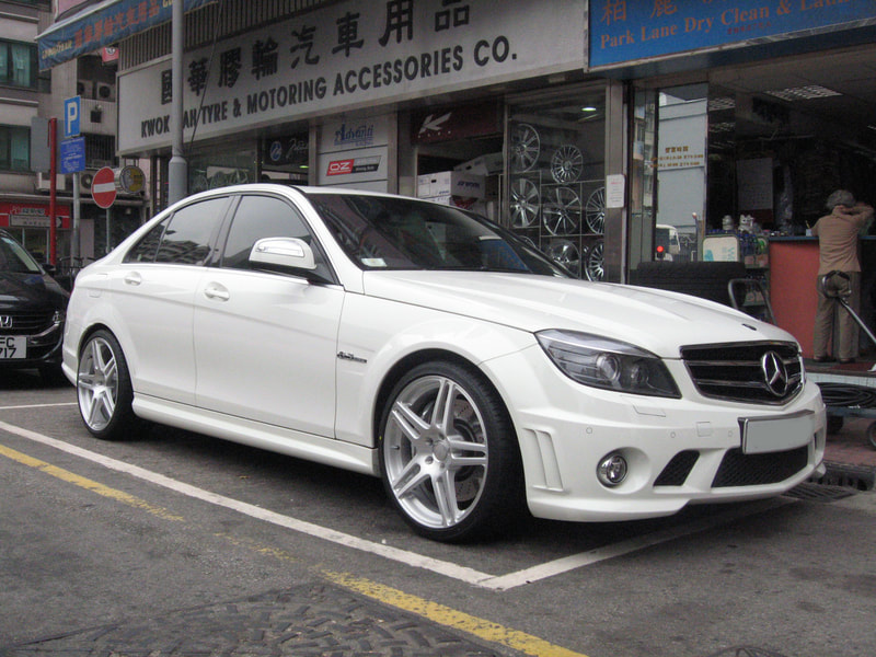 "Mercedes Benz W204 C63 with 19"" Modulare Wheels B11 Brushed"