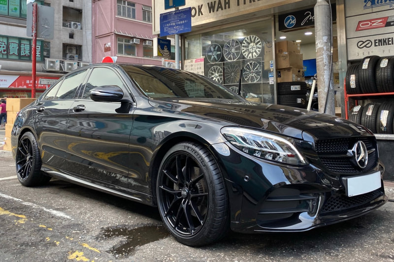 Mercedes Benz W205 C Class and oz racing wheels leggera hlt