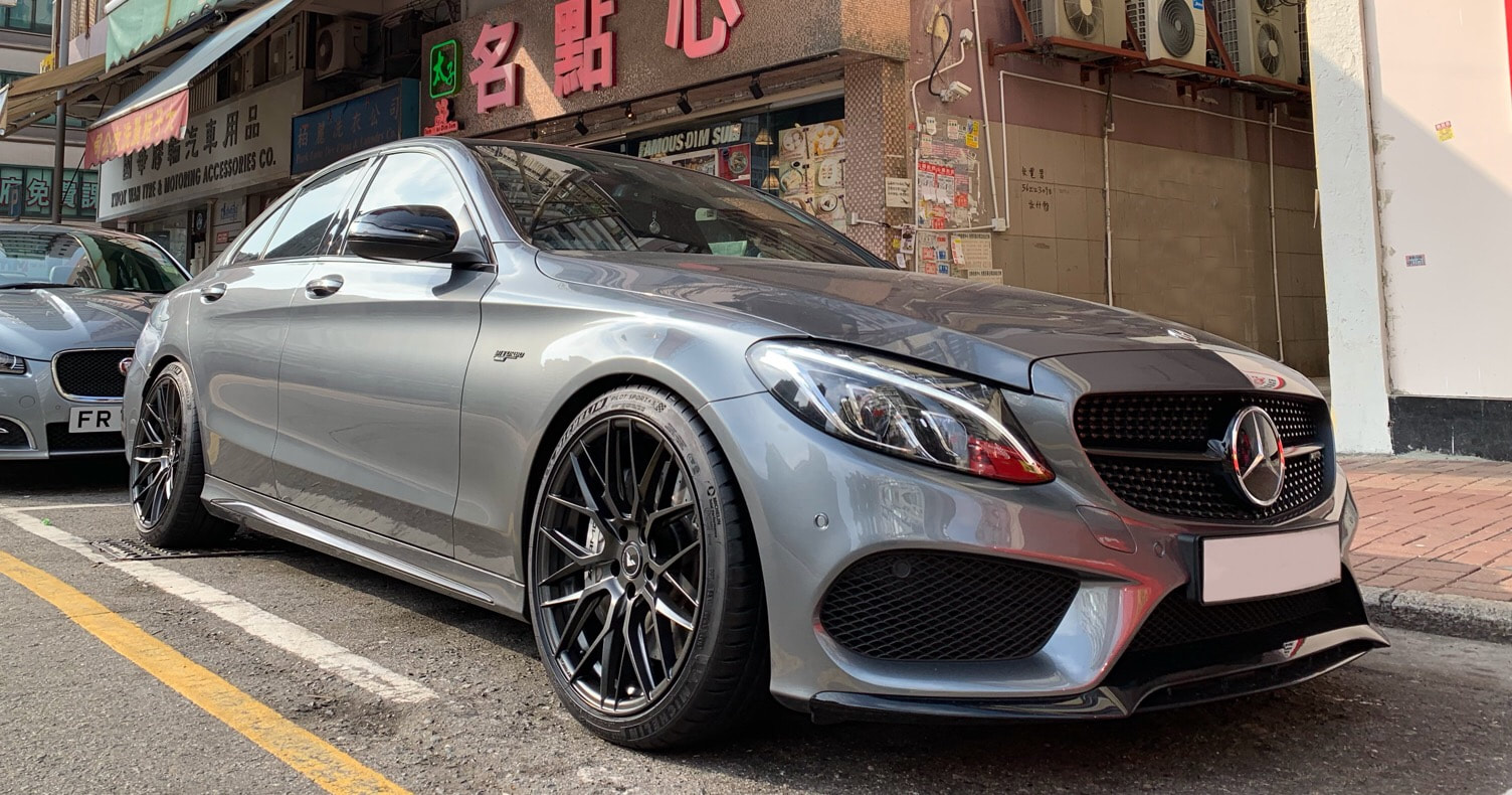 "Mercedes Benz W205 C43 AMG with 19"" Vorsteiner VFF107 Carbon Graphite"