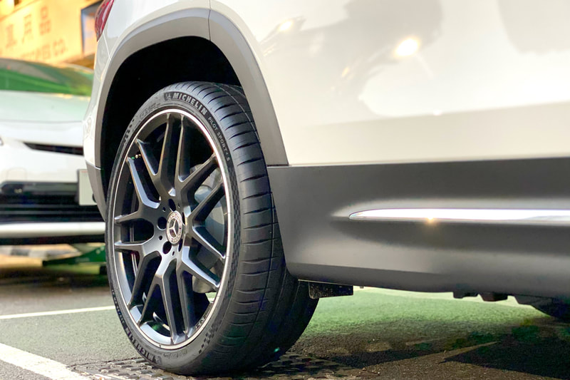 Mercedes Benz X247 GLB GLB250 and GLB35 and AMG Cross Spoke Wheels and tyre shop hk and michelin ps4s tyre and 呔鈴 and benz 原廠鈴
