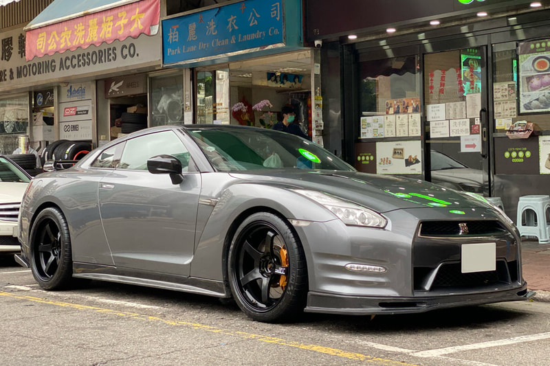 NIssan R35 GTR and Advan Racing GT Wheels and wheels hk and michelin pilot super sport tyres and 呔鈴