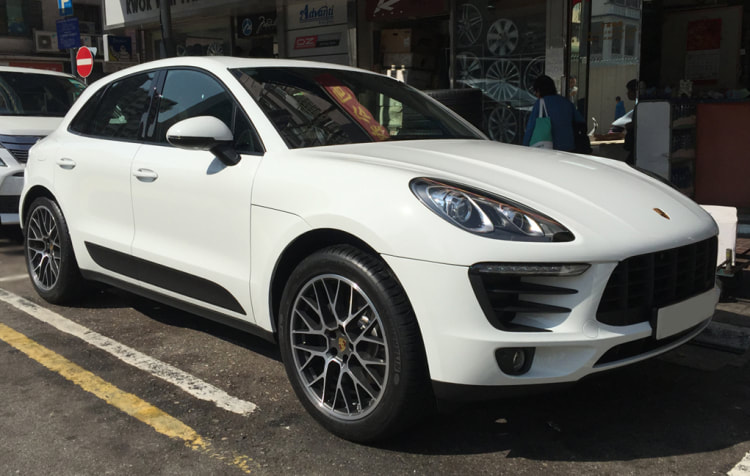 Porsche Macan and Porsche RS Spyder wheels and wheels hk and 呔鈴