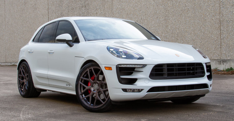 Porsche Macan and Modulare Wheels B37 and wheels hk and 呔鈴