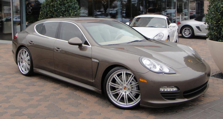 Porsche Panamera and Modulare Wheels C13 and 呔鈴 and wheels hkj