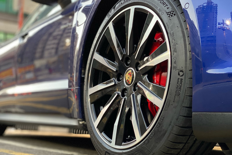 Porsche Taycan 4S and Porsche Taycan Tequipment design wheels and tyre shop hk and genuine porsche wheels and michelin ps4 tyres and 車軨 and 呔鈴