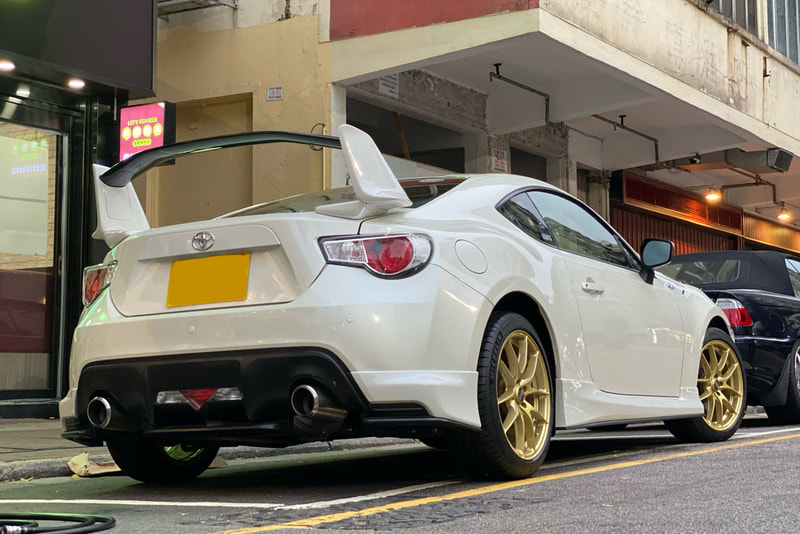 Toyota 86 and OZ Racing Leggera Wheels and tyre shop hk and Michelin PS4 tyre and 呔鈴